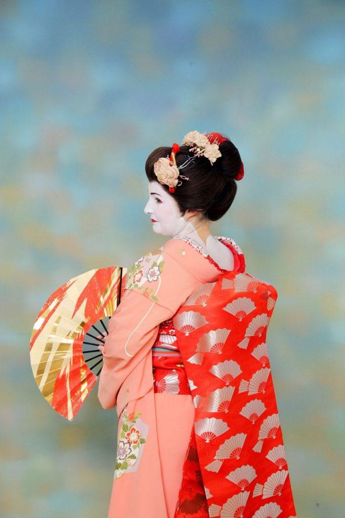 dressing up in Japan fan