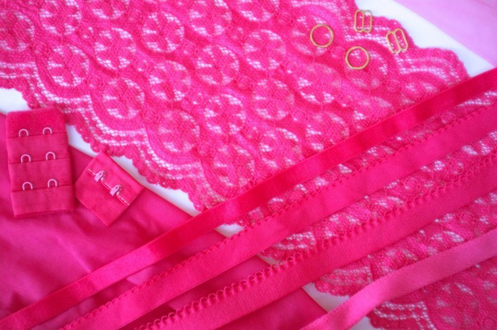 pink bra kit